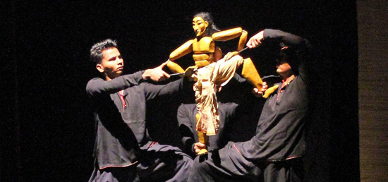 """Performance by Indian Puppet Group \""""Katkatha\"""" in Serbia"""
